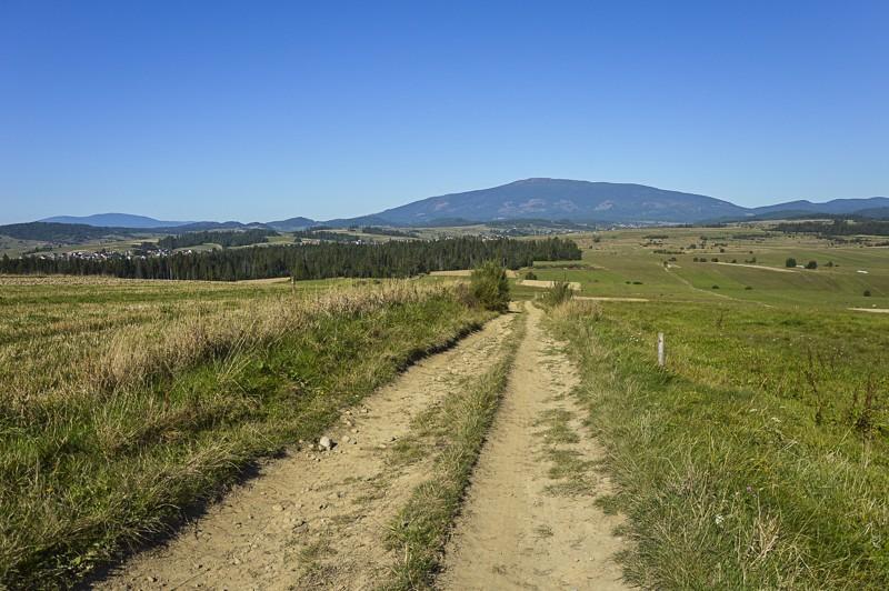 07 - Zielony szlak zJabłonki podBabią. Wcieniu wielkiej góry