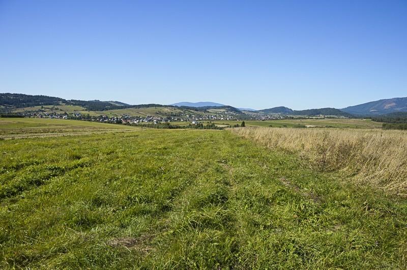 21 - Zielony szlak zJabłonki podBabią. Wcieniu wielkiej góry
