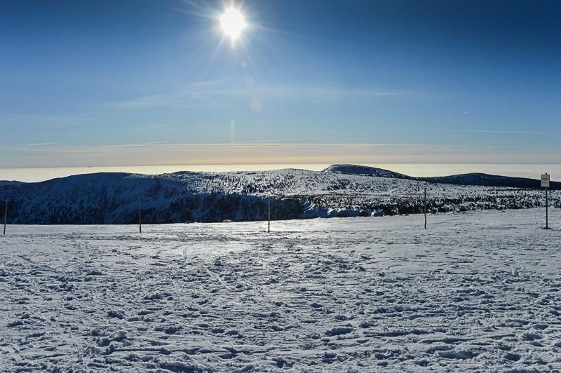 36 - Śnieżne Kotły zJagniątkowa. Polodowcowo izmgłami