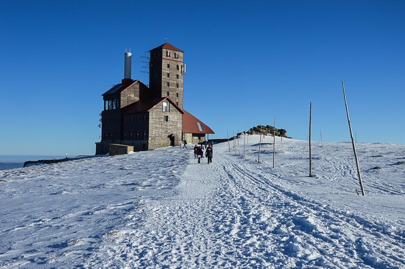 40 - Śnieżne Kotły zJagniątkowa. Polodowcowo izmgłami