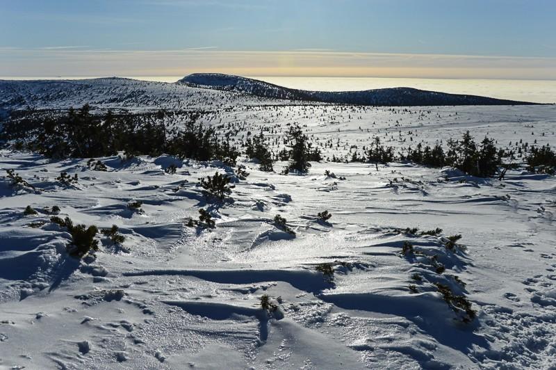 52 - Śnieżne Kotły zJagniątkowa. Polodowcowo izmgłami