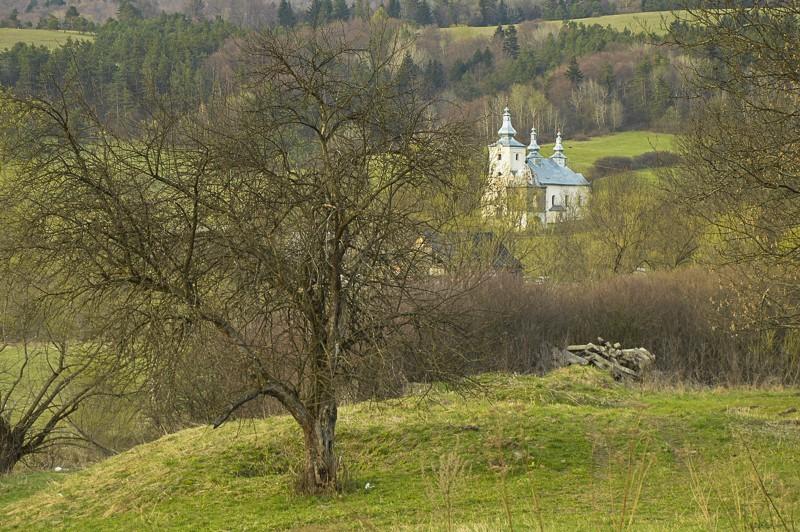74 - Wola Michowa, Mików iSmolnik przezprzełęcz Żebrak